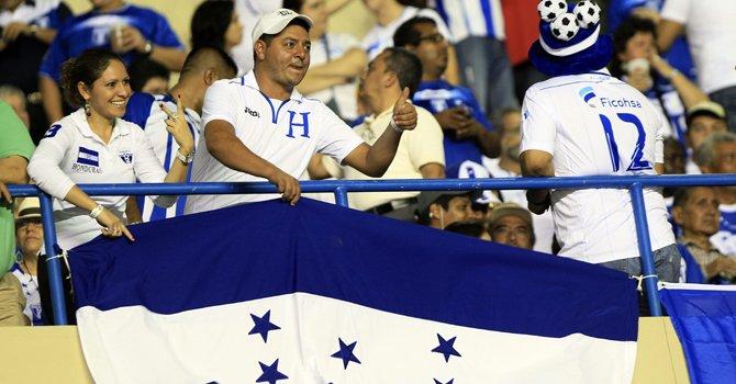 Honduras y Canadá a matar o morir