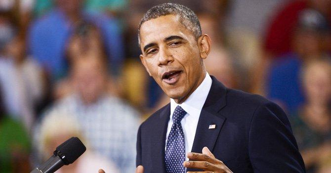 Obama celebra su 53 cumpleaños en la intimidad con su esposa e hijas