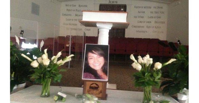Tensión en funeral por madre asesinada en Fairfax