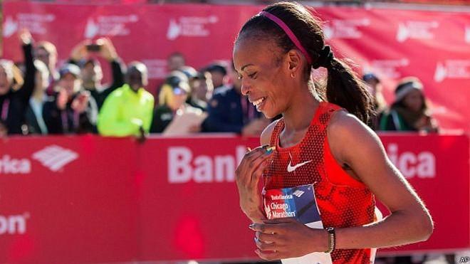 Mejor maratonista del mundo, y 3 veces ganadora del Maratón de Boston, da positivo en prueba de dopaje