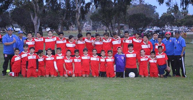 Orgulloso de su equipo; entrenador de Club Premier Soccer Academy