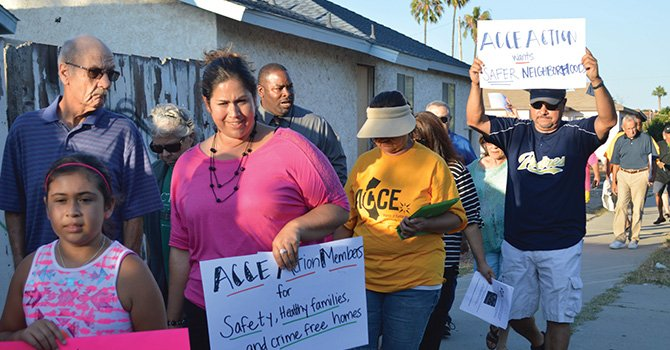 Defienden a la comunidad, familias y la nueva organización marchan por las calles demandando mejores servicios