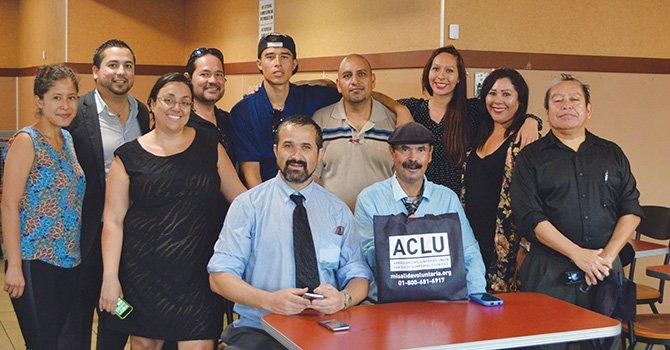 Abrigan esperanzas inmigrantes deportados apoyados por ACLU