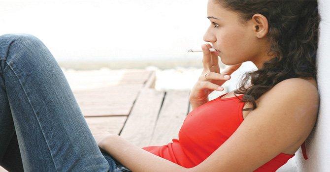 """Uno de cada 4 adolescentes consume tabaco en California """"más de 16.000 jóvenes comienzan a fumar cada año"""