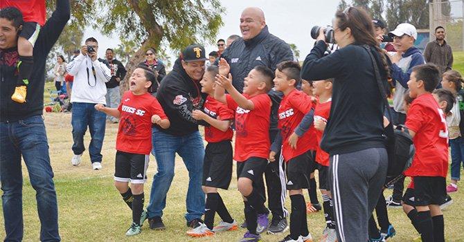 """Aztecas Latinos, destacan en finales del Torneo de Primavera """"Aztecs SD, 2016"""""""