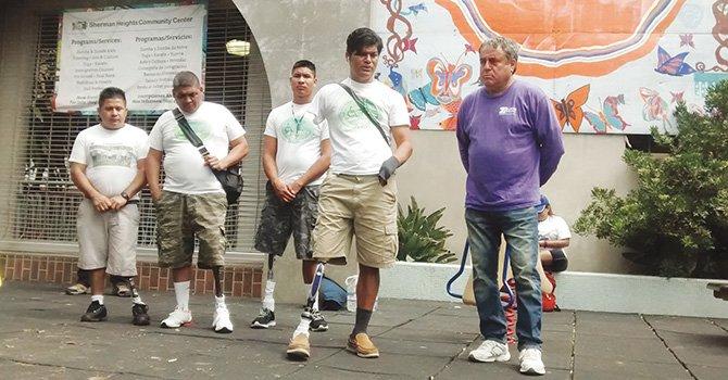 """Solicitan asilo seis inmigrantes mutilados por """"La Bestia""""; vinieron a apoyarlos miembros de AMIREDIS"""