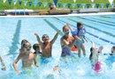 ASEGÚRESE para que el refrescarse en el agua este verano sea divertido y seguro para todos.