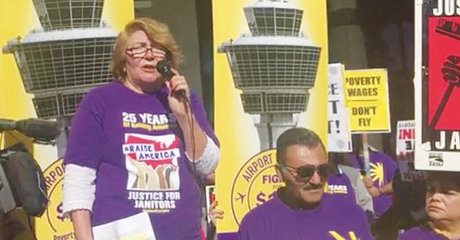 Día de Acción Sindical, trabajadores de San Diego se manifiestan por aumento salarial