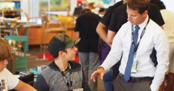 """Destaca escuela de Carlsbad, reconocen secundaria """"Calavera Hills"""" por su trabajo académico en favor de sus estudiantes"""