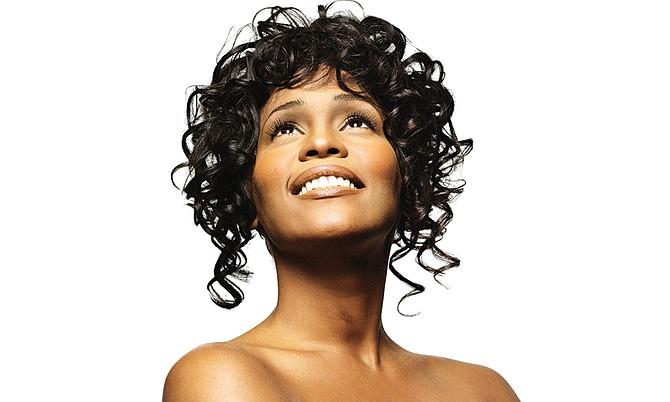Cinco años después de su muerte, Whitney Houston sigue brillando con fuerza y su música suena en los corazones de quienes la admiran