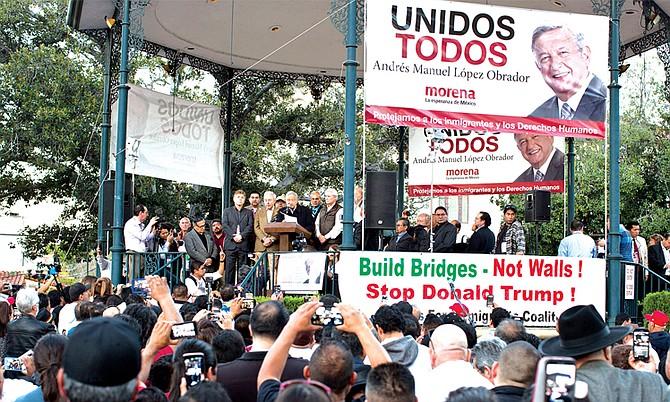 """El líder de la izquierda mexicana Andrés Manuel López Obrador dijo que la """"actual campaña contra los migrantes"""" de este país se basa en un """"interés fundamentalmente político''"""