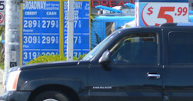 Aumenta el precio de la gasolina en California; ajuste gradual del combustible en México