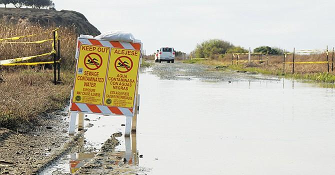 Reporta Imperial Beach el peor derrame de aguas negras que cruza la frontera