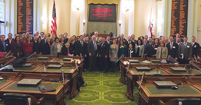 """Buscan """"impacto positivo"""" de las leyes de California, en beneficio de empresarios de la región San Diego"""