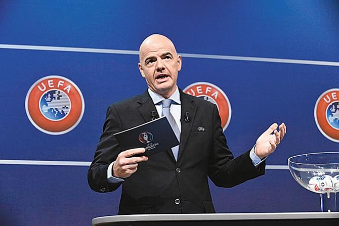 Presidente de la FIFA advierte a Estados Unidos
