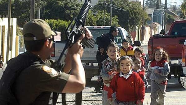 Lucha contra el narcotráfico deja 2,000 niños muertos