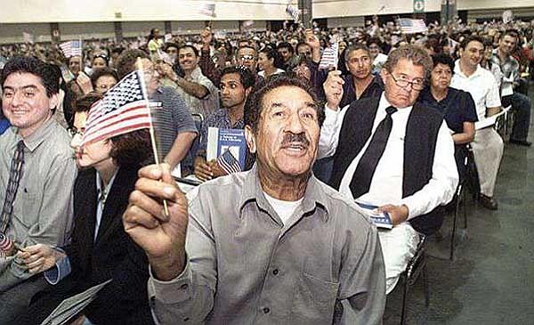 Ayuda para solicitar  la naturalización