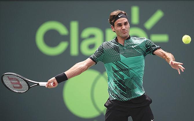 Federer no asegura jugar en Francia