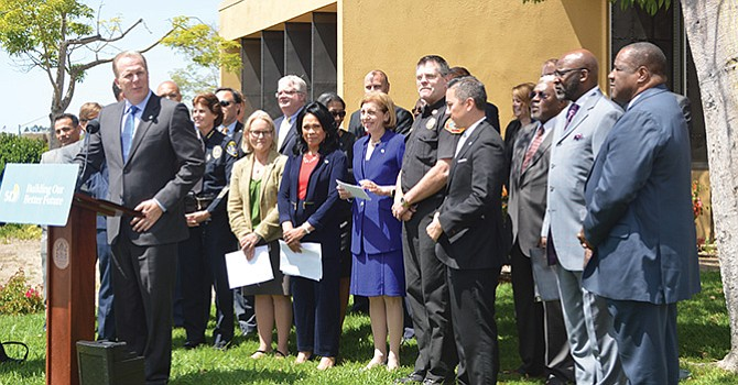 Están divididos varios regidores de la ciudad de San Diego y el Alcalde, respecto al Presupuesto