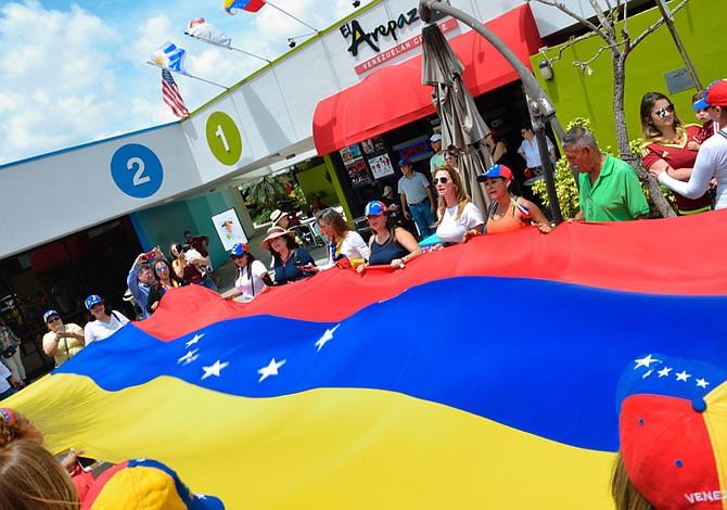 Venezolanos en Miami se unieron a la gran marcha