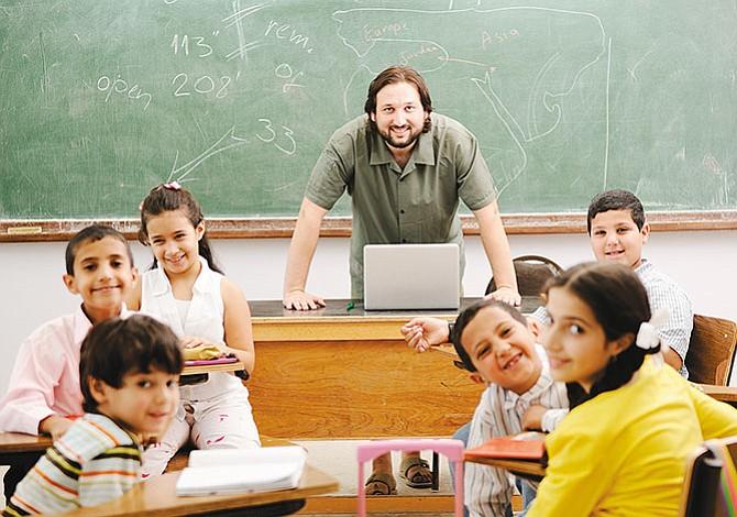 Estados Unidos busca profesores bilingües