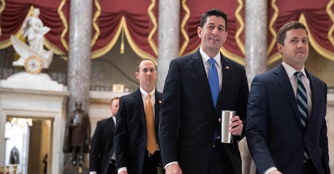 Representantes Republicanos aprueban nueva Ley de  Salud 'Trump'; pero aún falta que pase por voto del Senado