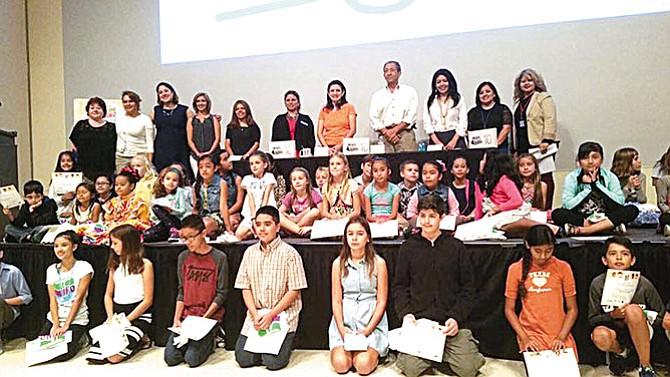 Impulsando en los niños hispanos  la literatura y la escritura