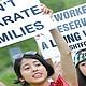 Más de diez mil inmigrantes indocumentados, padres de niños nacidos en Estados Unidos, son detenidos cada año en California por las autoridades de inmigración y la cifra podría aumentar drásticamente bajo las nuevas prioridades de la Administración Trump, advirtió hoy un informe de Human Rights Watch (HRW). EFE/ARCHIVO