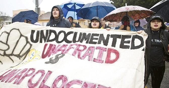 Manifestación para promover leyes; piden protección a indocumentados