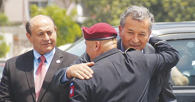 Apoyarán a soldados deportados, congresistas latinos ofrecen respaldo a soldados estadounidenses expulsados a México