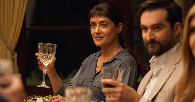 "Salma Hayek ""emocionalmente desnuda"" en Beatriz at Dinner"