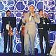 Con evidente emoción y entrega, acompañado por la música de mariachi, Lupillo Rivera deleitó a las mujeres asistentes a Celebrando Latinas 2017. Foto: Horacio Rentería/El Latino San Diego.