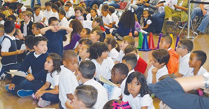 Crece instrucción bilingüe y Multibilingüe; aprueba junta de educación la Hoja Ruta de Aprendizaje de Inglés