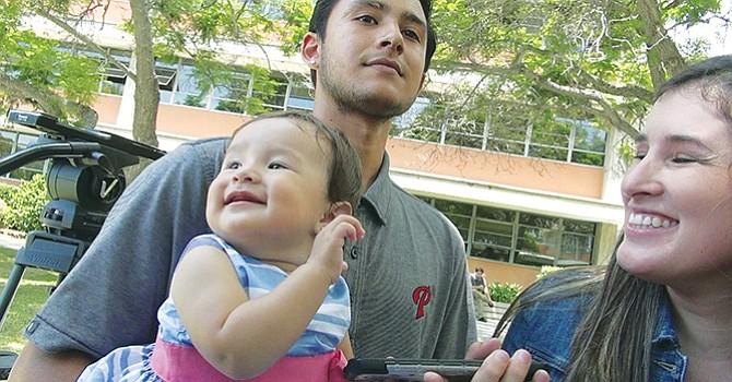 Liberan a joven inmigrante padre de familia detenido por perfil racial