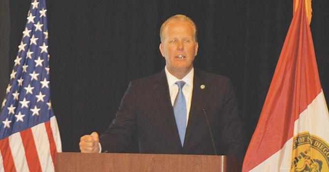 """""""Una misma voz"""" representan las comunidades de San Diego y Tijuana, afirma el alcalde Kevin Faulconer"""