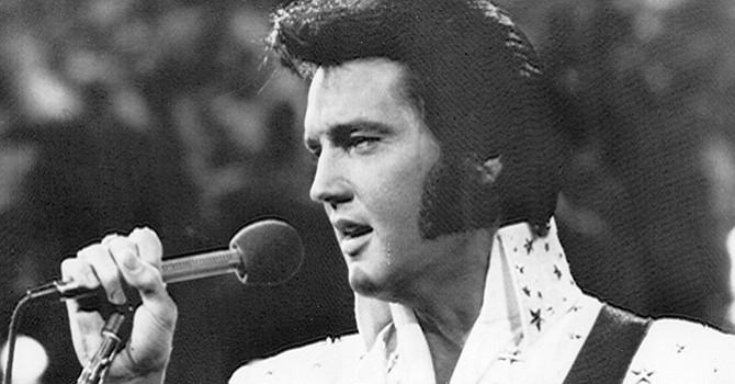 """Memphis 'resucita' a Elvis 40 años después, aún se extraña y recuerda a """"el Rey del Rock"""""""