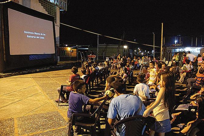 Cine comunitario en el Metz