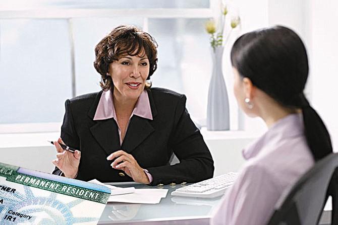 Entrevista personal para solicitantes de residencia permanente