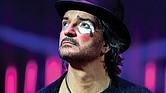 CIRCO SOLEDAD. Arjona tituló su más reciente disco de esa forma tratando de comparar la pasada campaña presidencial estadounidense con un circo. El cantante se presentará en San Antonio el 21 de septiembre.
