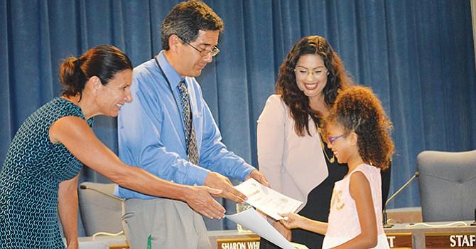 """Confirman datos relativos """"a los logros académicos"""" de estudiantes de las escuelas de San Diego"""