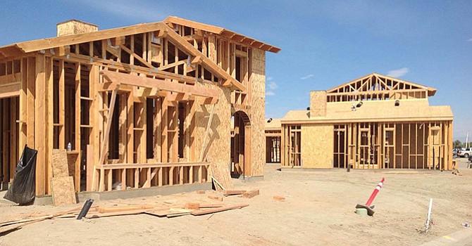 Aprueban paquete de leyes para hacer la vivienda más accesible