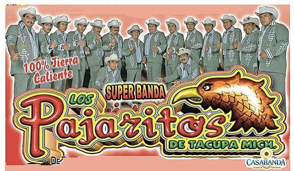 Súper baile calentano  en El Coliseo con Los Pajaritos de Tacupa