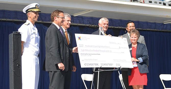 Reciben apoyo económico por parte del Departamento de Defensa;  impulsaría STEM en 8 preparatorias locales