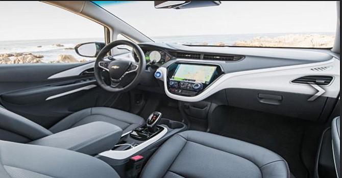 EV Bolt: Primer auto eléctrico de Chevrolet, con  238 millas de alcance, Espacio y gran tecnología