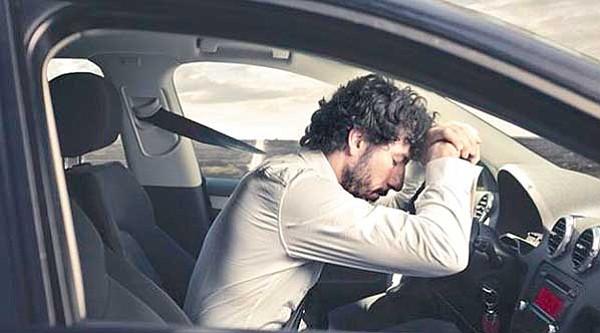 Evita la somnolencia mientras conduces
