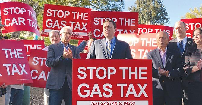 Rechazan impuesto Estatal sobre Gasolina y Automóviles; han recabado más de 200 mil firmas