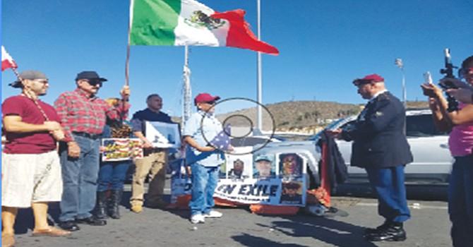 Los soldados deportados celebraron en Día del Veterano en la frontera