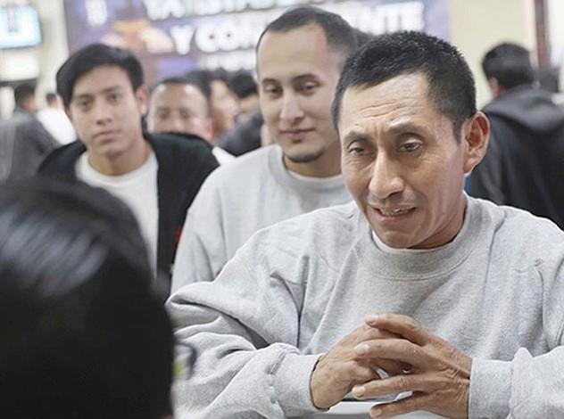 Salvadoreños resignados  a perder el TPS