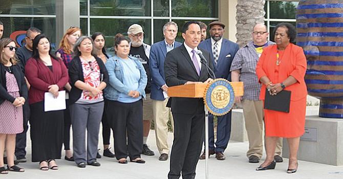 Nombran al Asambleísta Todd Gloria y ex regidor de la ciudad de San Diego como Motor Revolvente Mayorotario en la Asamblea de California; formaría parte de un equipo para impulso de iniciativas leg