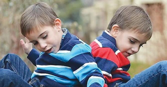 Enfermedad de Batten afecta a infantes, jóvenes y adultos; luchan contra el tiempo para encontrar una cura